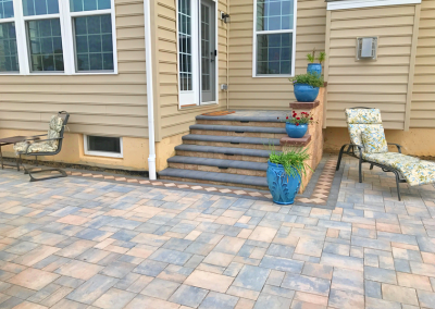 pavers steps with tiles